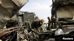 1 июля в Индонезии потерпел крушение военный транспортный самолет. Погбили больше ста человек