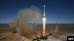 "Запуск ""Прогресса"" с космодрома Байконур 28 апреля 2015 года"