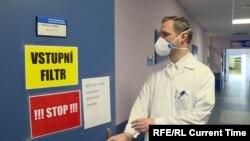 Зденек Гржиб в больнице Карлова университета