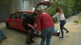 Волонтеры помогают жителям Краснодара