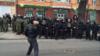 В Киеве закидали камнями отделения Сбербанка и Альфа-банка