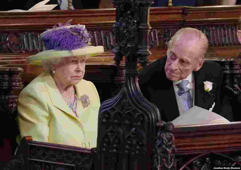 В день свадьбы мать Меган впервые встретилась с королевой Елизаветой II