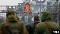 Сепаратисты на руинах Донецкого аэропорта
