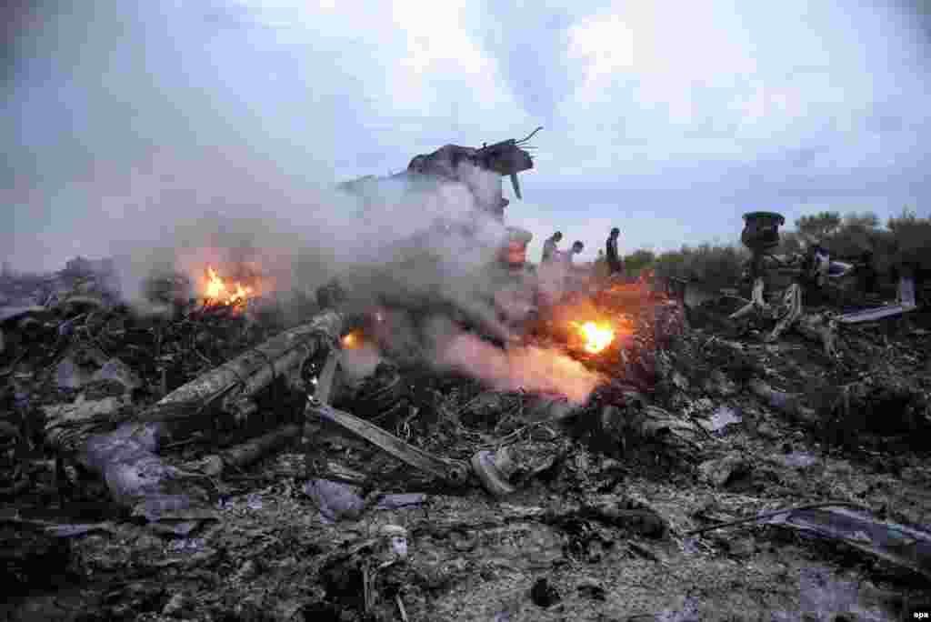 В результате катастрофы погибли все пассажиры и персонал самолета