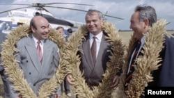 Аскар Акаев с Исламом Каримовым и Нурсултаном Назарбаевым