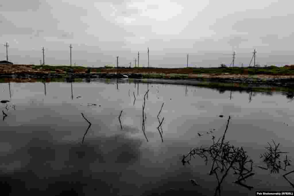 Нефтяной разлив близ села Новханы