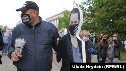 Пикет по сбору подписей за кандидатуру Светланы Тихановской, Беларусь, Гродно, 29 мая 2020 года
