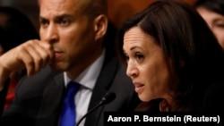 Харрис задает вопросы генпрокурору Барру на слушаниях в Сенате