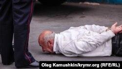 Задержание в Симферополе 18 мая 2017 года (архивное фото)