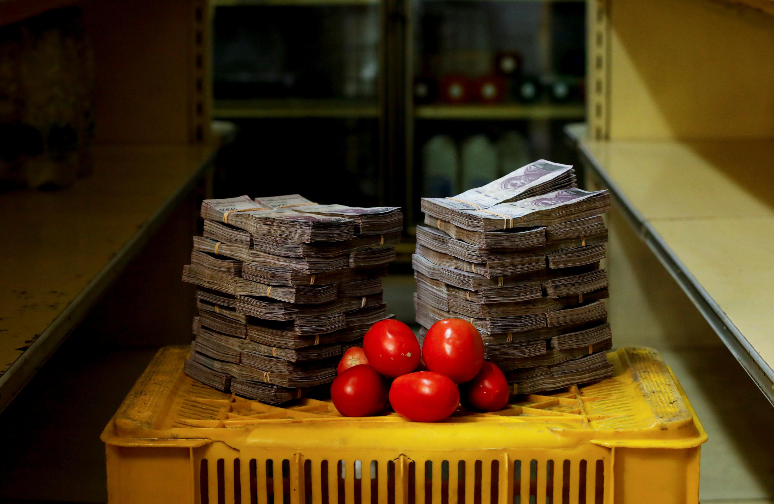 В августе 2018 года килограмм помидор можно было купить за 5 миллионов боливар – около 75 американских центов