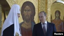 Три Вовы: Гундяев, святой и Путин