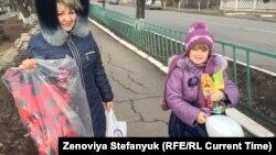 Жители Донецка готовятся ко встрече Нового года