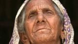 Сегодня – Всемирный день туалета. Рассказываем, как 87-летняя индианка приучает людей к туалету