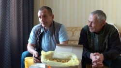 After Russian Exchange, Two Ex-Ukrainian Prisoners Free To Talk, But Not To Go Home