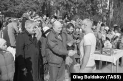 Лужков с Гавриилом Поповым в 1991 году