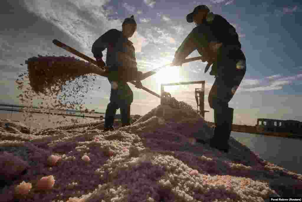 Считается, что розовую соль невозможно создать в лабораториях