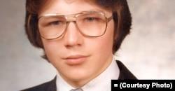 Школьное фото Владимира Половчака из его архива
