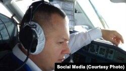 Второй пилот Ан-148 Сергей Гамбарян