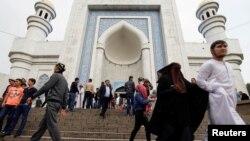 Казахстан. Мечеть в Алматы в обычные дни. Архивное фото