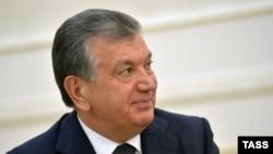 Шавкат Мирзияев, временно исполняющий обязанности президента Узбекистана, вплоть до смерти Ислама Каримова не был публичной персоной, почти всегда находясь в тени первого узбекского лидера