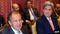 Глава МИД России и США на встрече в Лозанне, 15 октября 2016 года
