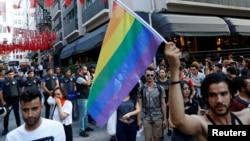 Гей-прайд в Стамбуле