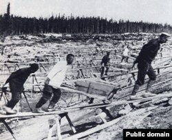 На строительстве Беломорканала. 1932 год