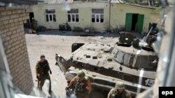 """Бойцы добровольческого батальона """"Донбасс"""" под Иловайском"""