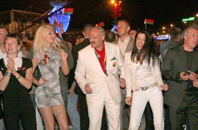 Мужчина как высшее существо и немытые свинарки. Тест о сексистских высказываниях Лукашенко и других постсоветских лидеров