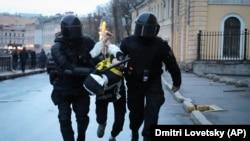 Силовики на улицах Петербурга