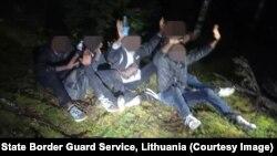 Задержание мигрантов без документов на границе Литвы