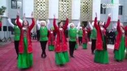 Музыка и пляски во время выборов президента в Туркменистане