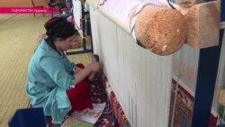 Ткачество - новое увлечение и бизнес Таджикистана