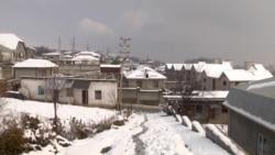 У жильцов таджикского поселка требуют покинуть дома, построенные на газопроводе. Эти земли им продали власти