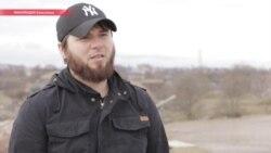 """""""Избивали, душили, током били, забивали, как собаку"""": чеченец рассказывает о пытках в чеченской милиции"""