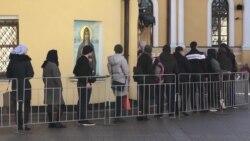 Как РПЦ защищает православных от коронавируса