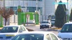 Полиция в столице Туркменистана останавливает женщин за рулем и отбирает у них водительские права
