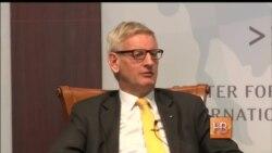"""Карл Бильдт: """"Нет причин не продлевать санкции"""""""