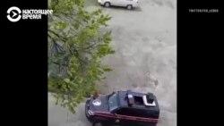 Нацгвардия ездит по улицам Узбекистана и призывает людей сидеть дома из-за коронавируса