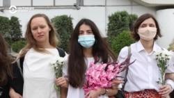 """""""Прекратите нас бить!"""" Женщины по всей Беларуси требуют, чтобы силовики остановили насилие"""