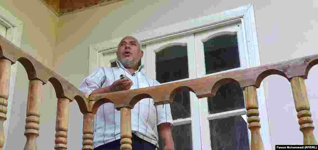 Житель села Сомониен в Таджикистане рассказывает о разрушениях после обстрелов его села