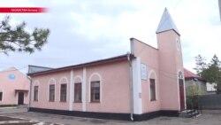 Казахстанский парламент запретит детям до 16 лет ходить в храм без родителей