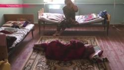 Таджикский роддом: женщины спят на полу, воду пациенты носят в канистрах