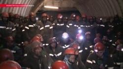 Обручальные кольца в ломбард и кредиты. Как начальство вынудило карагандинских шахтеров четыре дня сидеть под землей