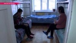 Накормить, умыть, найти работу – как приюты Бишкека помогают выжить бездомным
