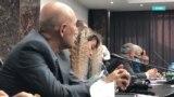 Два раза в год чиновники в Таджикистане дают пресс-конференции. Но получить на них информацию невозможно