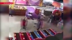 """Как загорелся торговый центр """"Зимняя вишня"""" в Кемерове"""