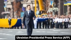 Президент Украины Владимир Зеленский во время парада в честь Дня независимости, 24 августа 2021 года