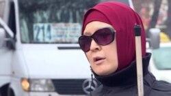 Незрячая девушка из Кыргызстана живет на пособие в $80