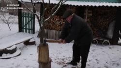 """#ВУкраине: в украинском """"Кувейте"""", где добывают газ, топят дома дровами"""